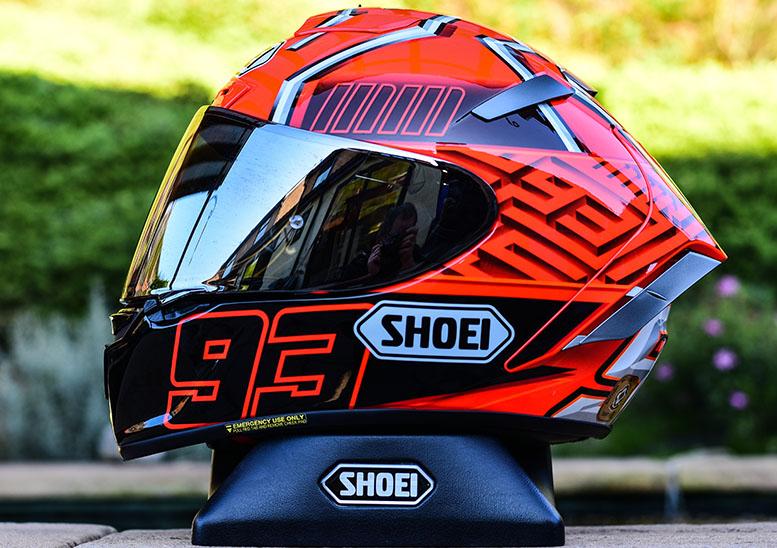 bell star motorcycle helmet review sbs mag. Black Bedroom Furniture Sets. Home Design Ideas