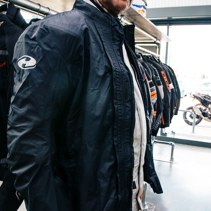 For the best waterproofing, the membrane can be taken out and worn over the top of the jacket