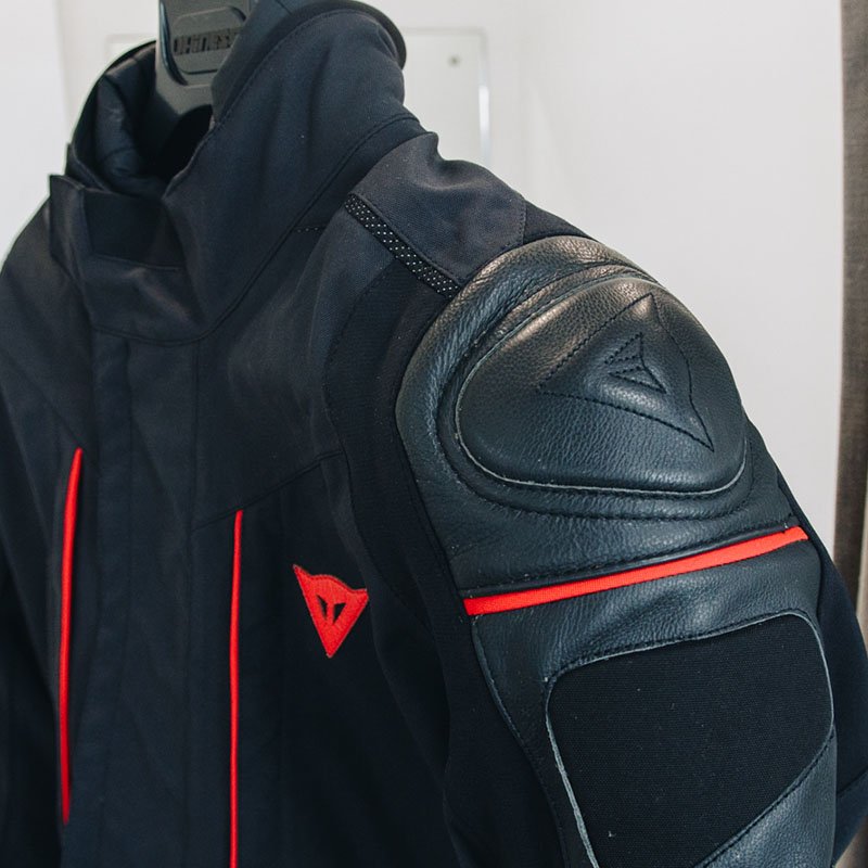 Dainese Sbs Mag Jacket Tex Cyclone Review Motorcycle D Gore Orw08q6O