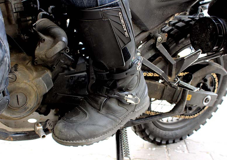 011a5799092 Gaerne G-Midland Gore-Tex motorcycle boots review - SBSMag
