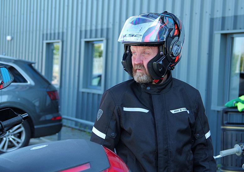 Ls2 Valiant Motorcycle Helmet Review Sbsmag