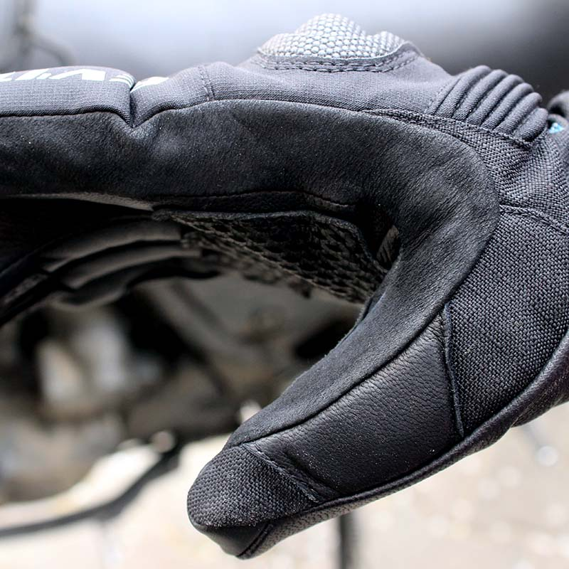 The goatskin, Cordura and suede construction offers enhanced abrasion resistance