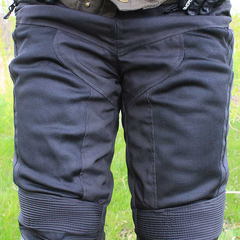 Four mesh panels on the front of the legs provide ventilation