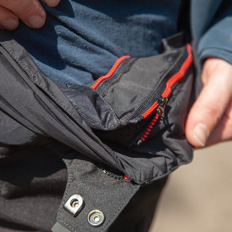 Colour-coded zips make it real easy to remove and refit the removable waterproof membrane
