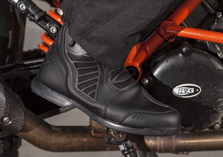 Dainese Solarys Gore-Tex boots review