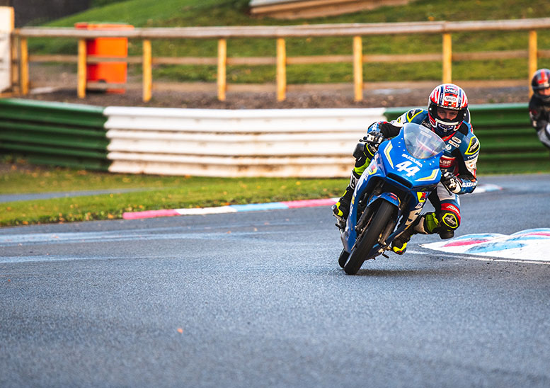 British Superstock race winner Tim Neave gave Team Suzuki's championship chances a serious boost