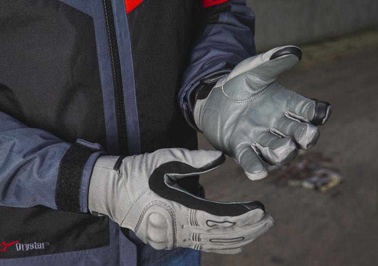 Rev'it Cassini H2O gloves